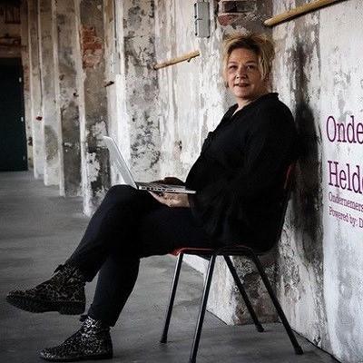 Karin Overbeek