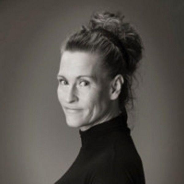 Natascha van Es